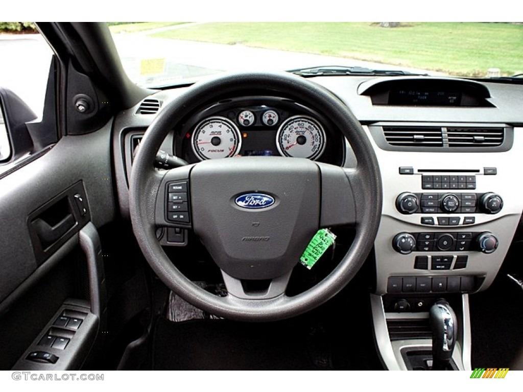 2010 ford focus se sedan steering wheel photos