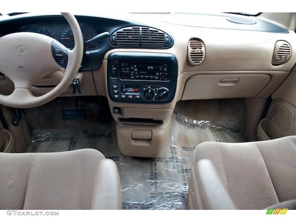 1997 Dodge Grand Caravan Es Taupe Dashboard Photo