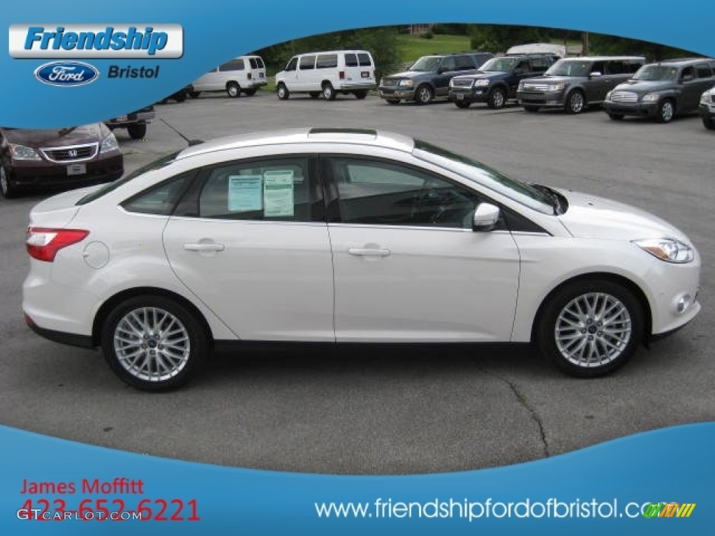 2012 Focus SEL Sedan - White Platinum Tricoat Metallic / Charcoal Black Leather photo #24