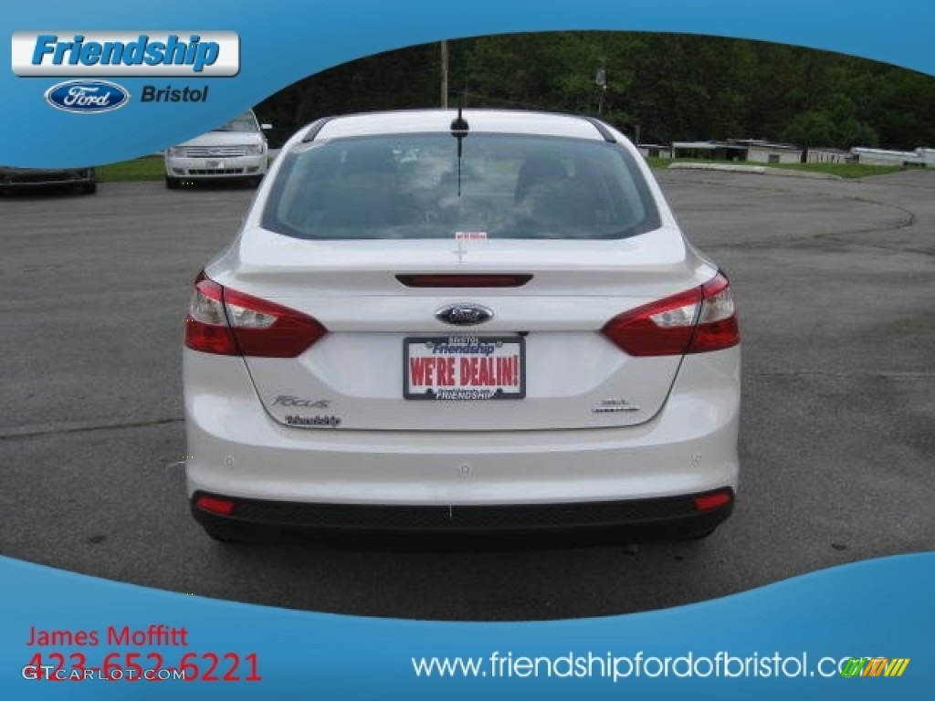 2012 Focus SEL Sedan - White Platinum Tricoat Metallic / Charcoal Black Leather photo #26