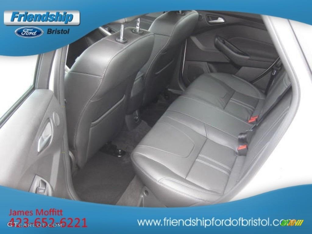 2012 Focus SEL Sedan - White Platinum Tricoat Metallic / Charcoal Black Leather photo #36