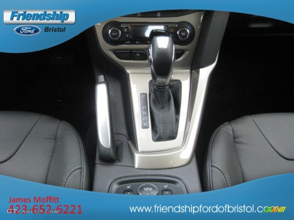 2012 Focus SEL Sedan - White Platinum Tricoat Metallic / Charcoal Black Leather photo #41