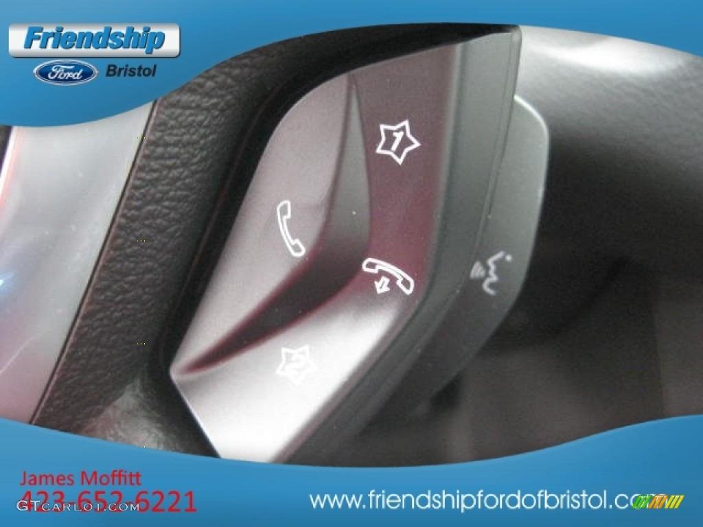 2012 Focus SEL Sedan - White Platinum Tricoat Metallic / Charcoal Black Leather photo #43