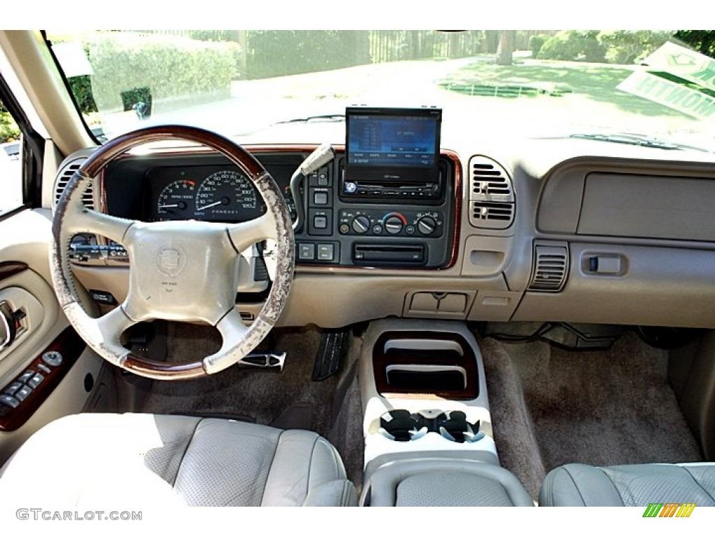 Cadillac escalade interior pictures for 1999 cadillac escalade interior