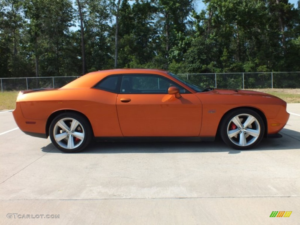 Dodge Challenger SRT8 Toxic Orange
