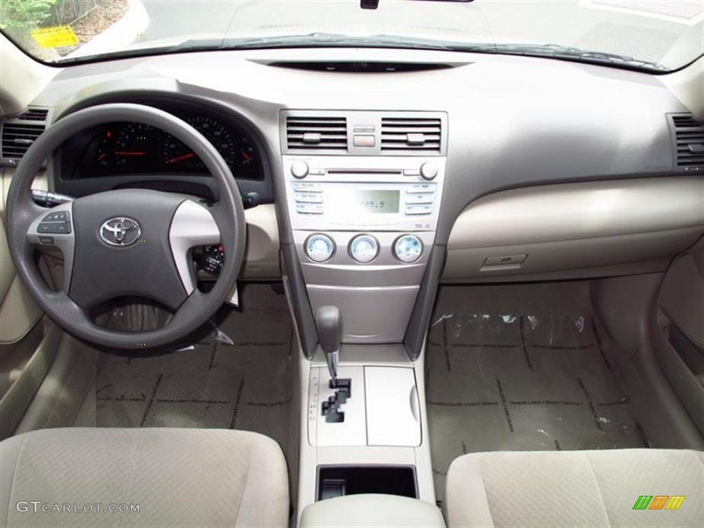 2008 toyota camry le bisque dashboard photo 66246088. Black Bedroom Furniture Sets. Home Design Ideas