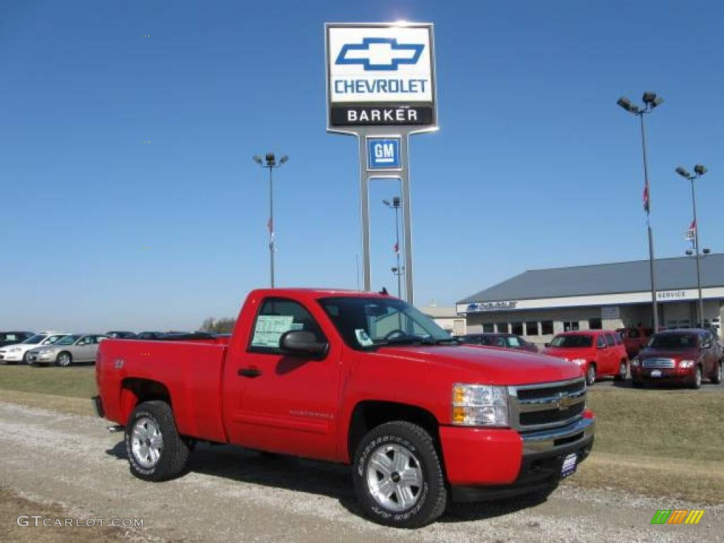2009 Silverado 1500 LT Regular Cab 4x4 - Victory Red / Ebony photo #1