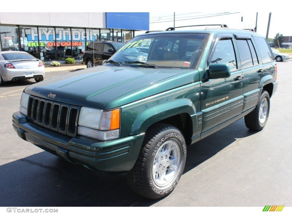 1998 Grand Cherokee Limited 4x4 - Forest Green Pearlcoat / Camel photo #1