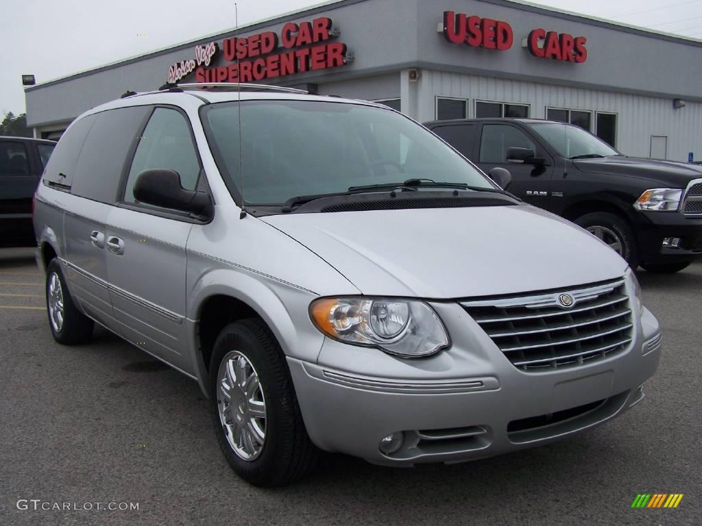 2005 bright silver metallic chrysler town country limited 6567219 car color. Black Bedroom Furniture Sets. Home Design Ideas