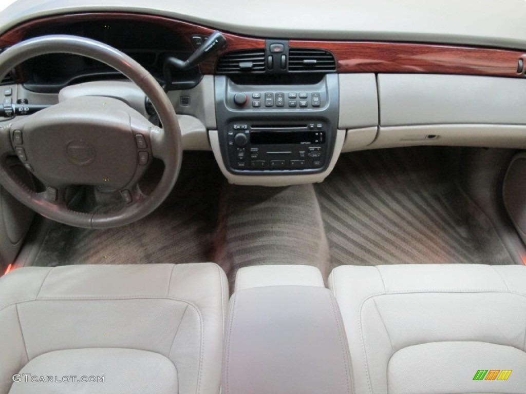 2005 Cadillac Deville Sedan Dark Gray Dashboard Photo 66317403