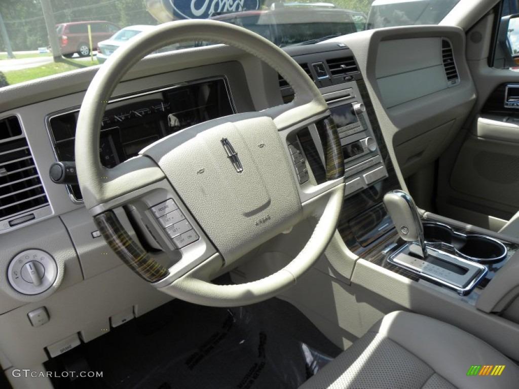 2010 Lincoln Navigator Standard Navigator Model Interior Photos