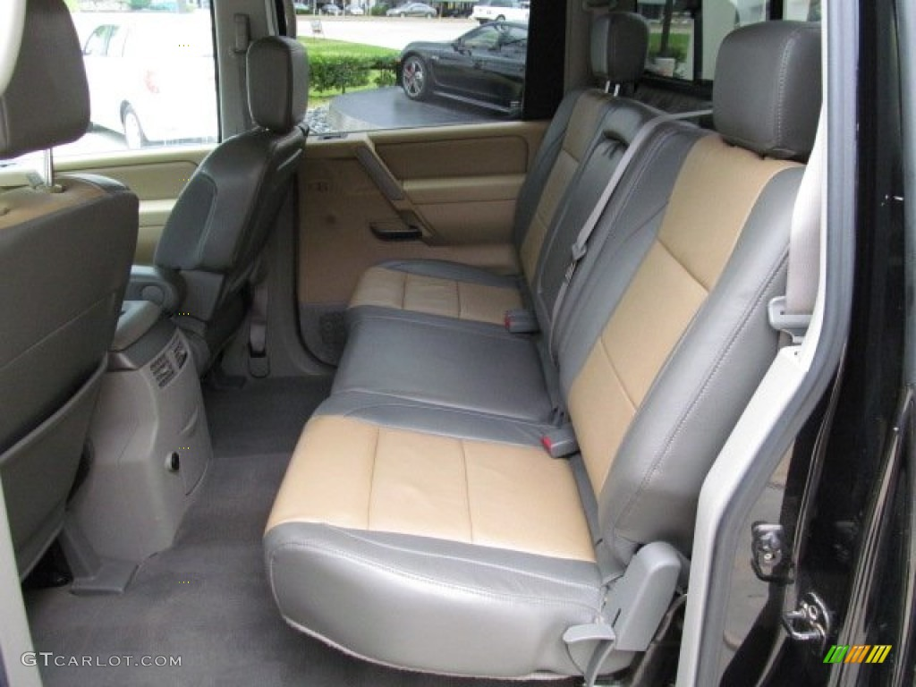 sand steel interior 2004 nissan titan le crew cab 4x4. Black Bedroom Furniture Sets. Home Design Ideas