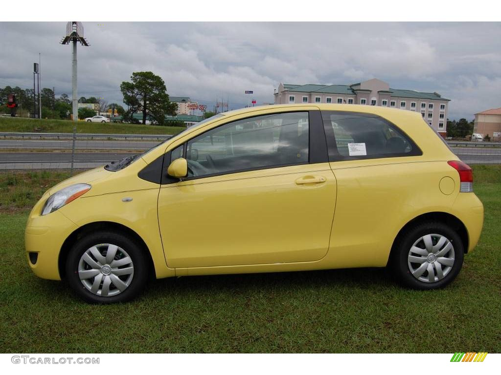 2009 yellow jolt toyota yaris 3 door liftback 6646937 photo 3 car color galleries. Black Bedroom Furniture Sets. Home Design Ideas