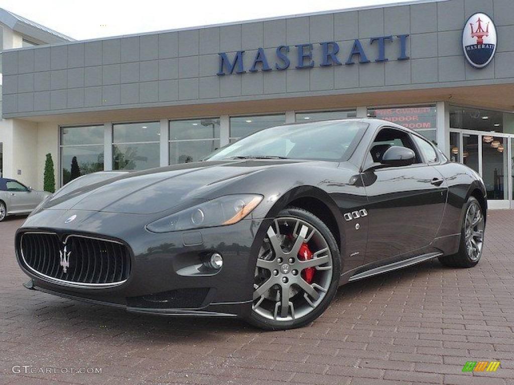 2012 grigio granito dark grey maserati granturismo s - Maserati granturismo red interior ...