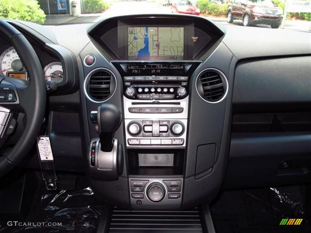 2012 Honda Pilot Touring Controls Photos