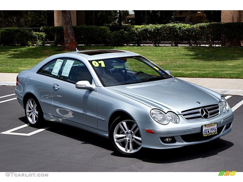 Iridium silver metallic 2007 mercedes benz clk 350 coupe for Mercedes benz silver