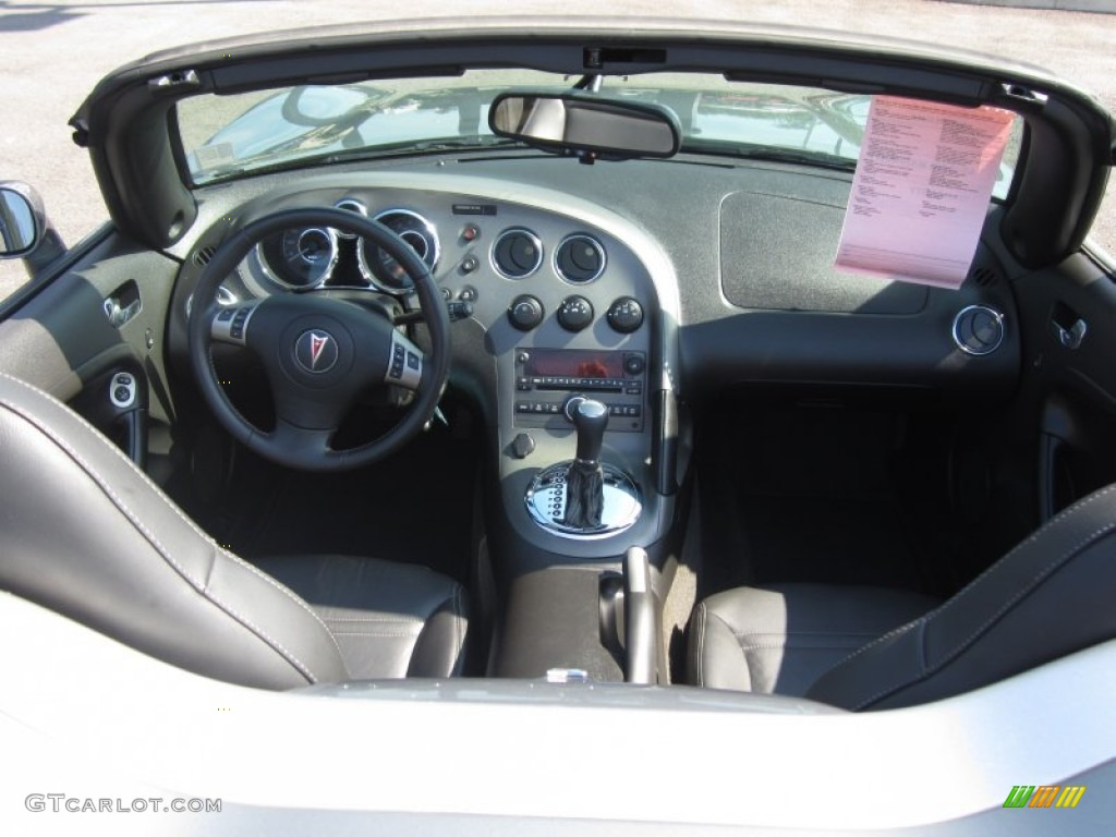 Ebony Interior 2007 Pontiac Solstice Gxp Roadster Photo 66623912