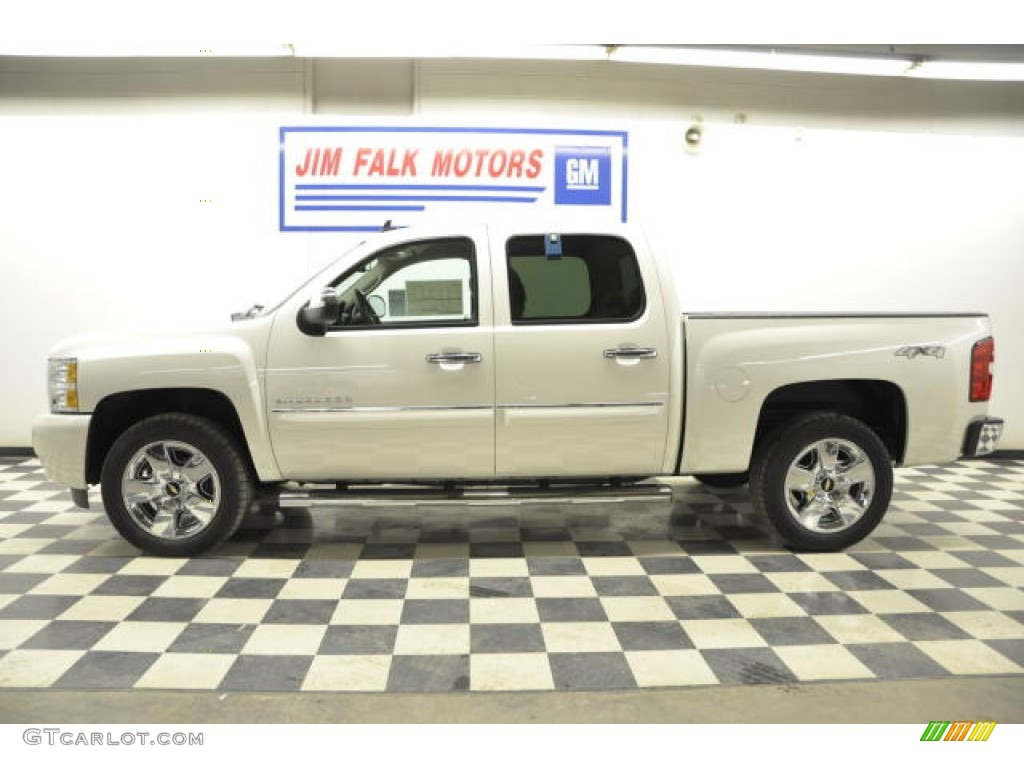 White Diamond Tricoat Chevrolet Silverado 1500