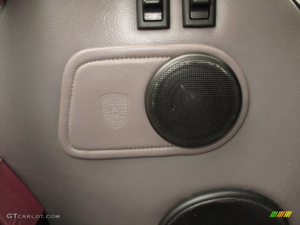 1993 Porsche 911 Carrera 4 Cabriolet Audio System Photo #66636848