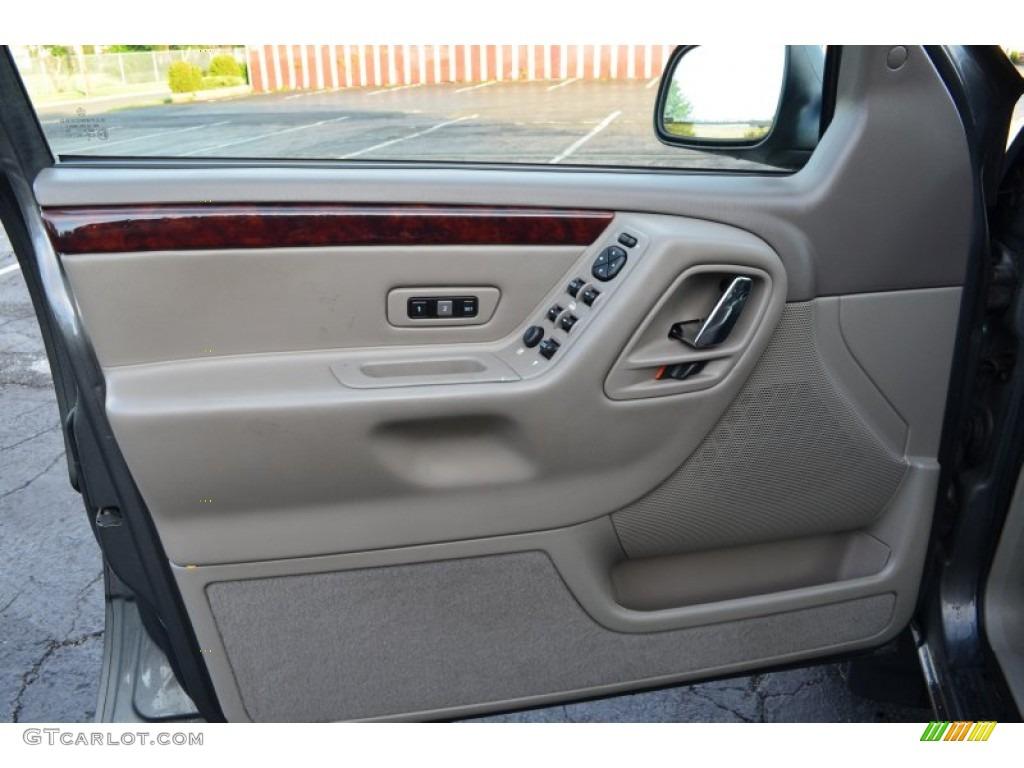2004 Jeep Grand Cherokee Limited 4x4 Sandstone Door Panel Photo 66666779