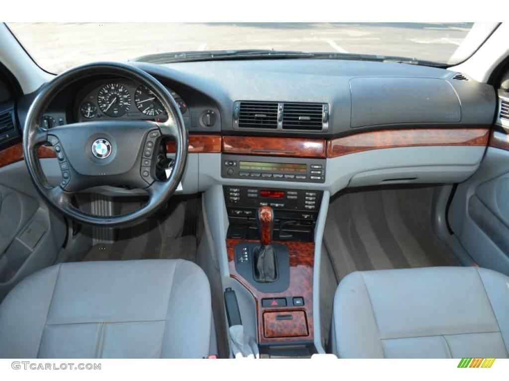 2002 5 Series 525i Sedan   Blue Water Metallic / Sand Photo #7
