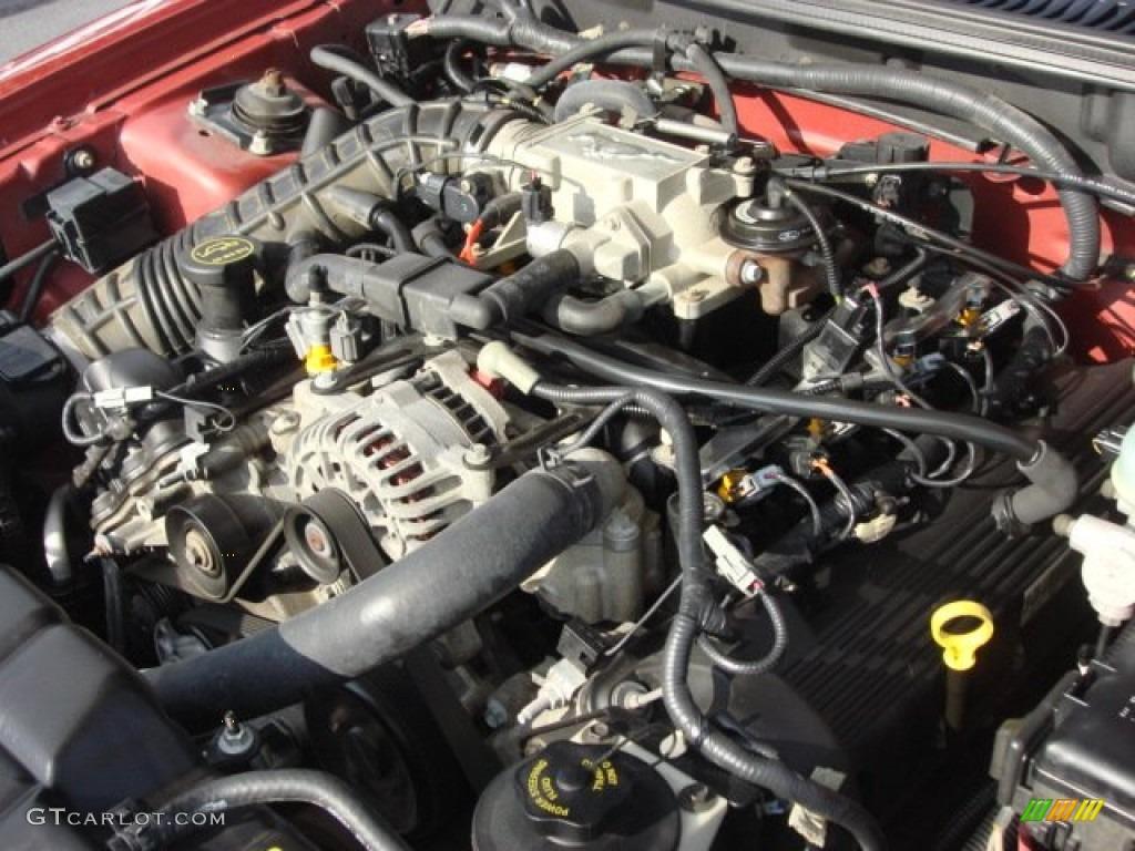 2002 Mustang Gt Horsepower >> 2002 Ford Mustang Gt Convertible 4 6 Liter Sohc 16 Valve V8 Engine