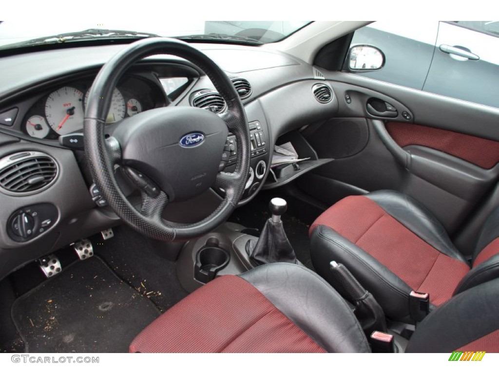 Black red interior 2003 ford focus svt hatchback photo 66706823