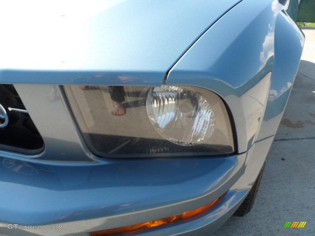 2006 Mustang V6 Premium Coupe - Windveil Blue Metallic / Light Parchment photo #10