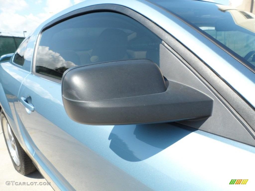 2006 Mustang V6 Premium Coupe - Windveil Blue Metallic / Light Parchment photo #17
