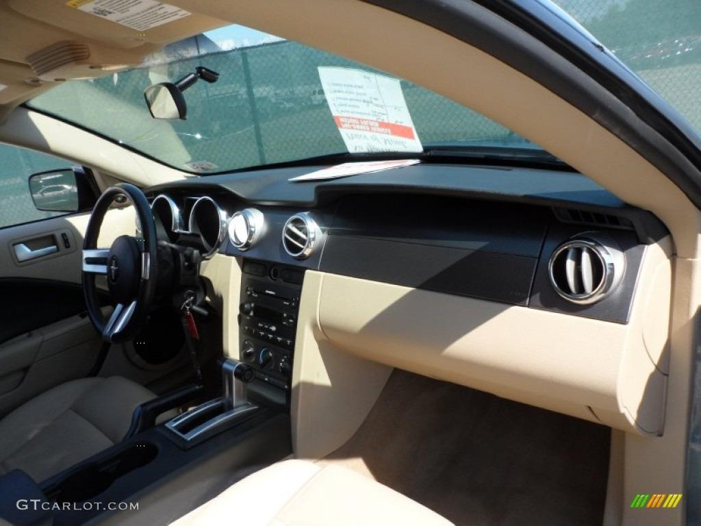 2006 Mustang V6 Premium Coupe - Windveil Blue Metallic / Light Parchment photo #26