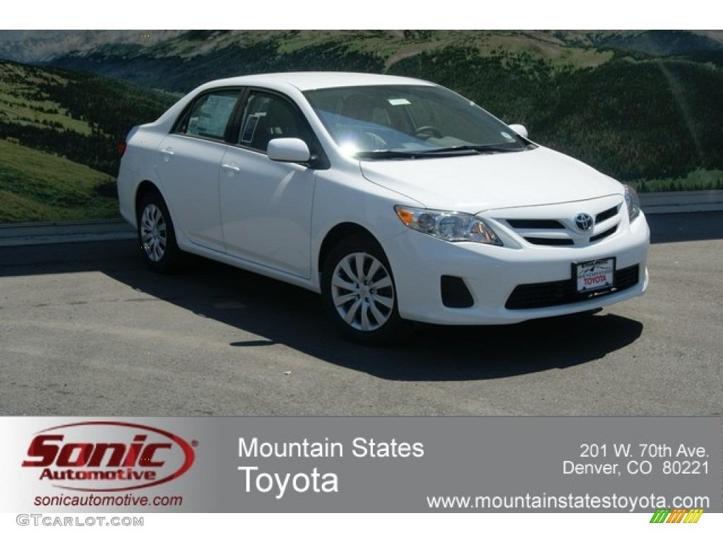 Toyota Corolla 2012 White