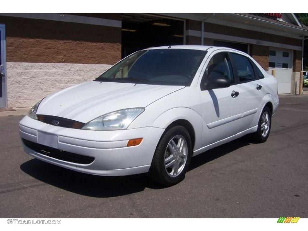 cloud 9 white 2003 ford focus se sedan exterior photo. Black Bedroom Furniture Sets. Home Design Ideas