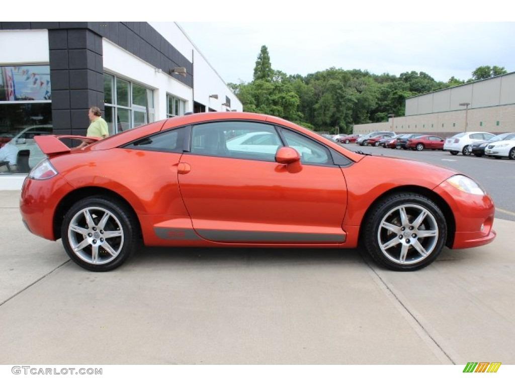 2008 Sunset Orange Pearlescent Mitsubishi Eclipse SE Coupe #66774500 ...