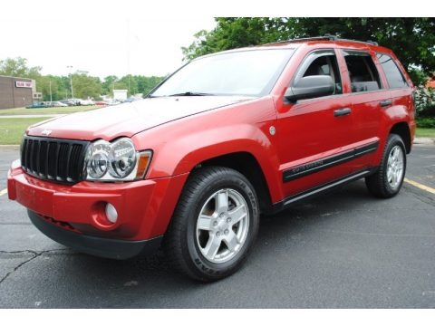 2005 jeep grand cherokee laredo 4x4 data info and specs. Black Bedroom Furniture Sets. Home Design Ideas