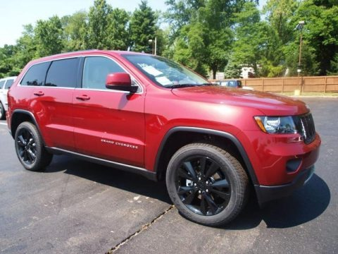 2012 Jeep Grand Cherokee Altitude 4x4 Data, Info And Specs