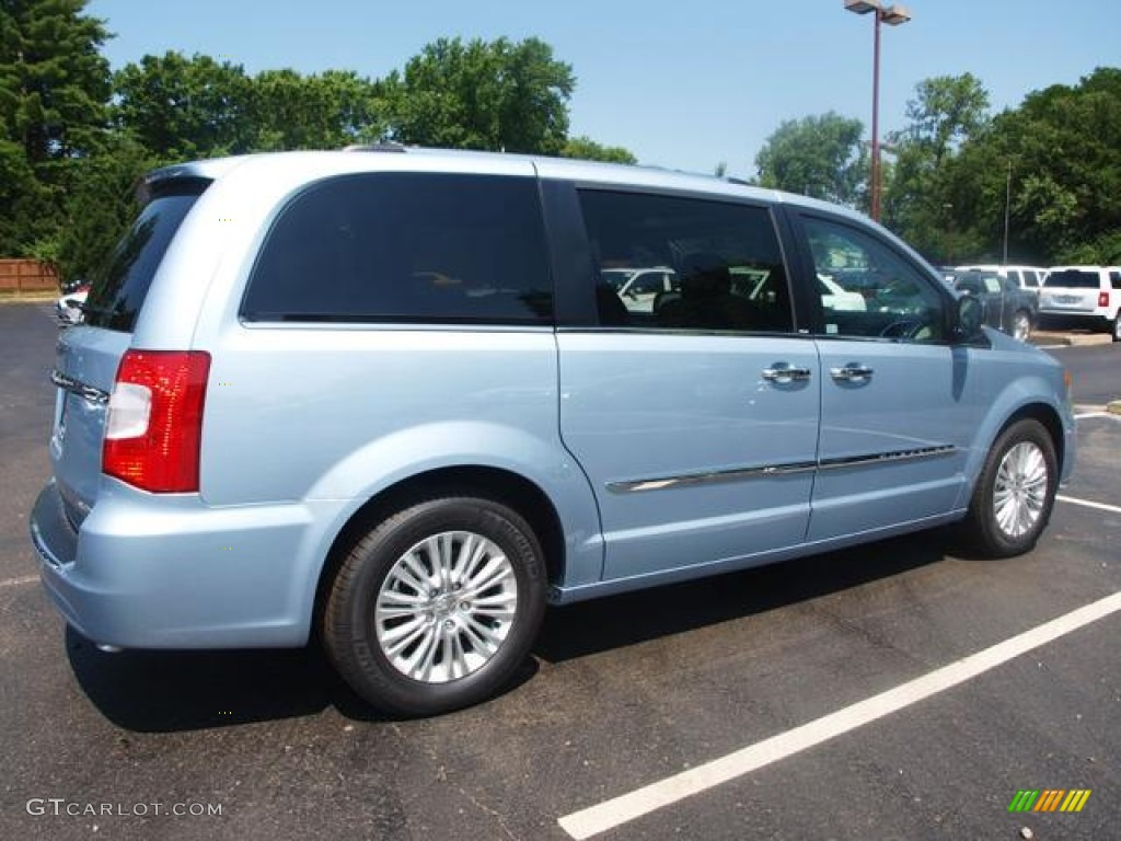 crystal blue pearl 2012 chrysler town country limited exterior photo 66841673. Black Bedroom Furniture Sets. Home Design Ideas