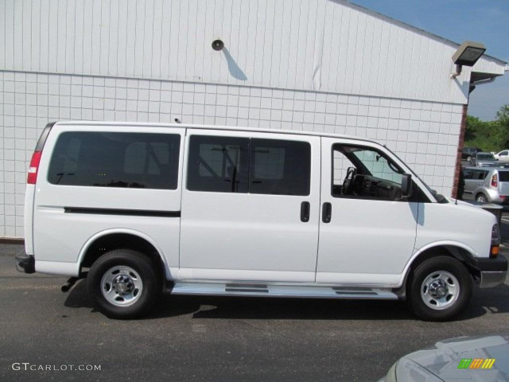 White Passenger Van Summit White 2012 Chev...