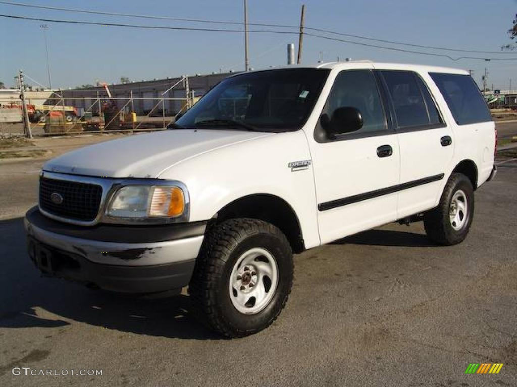 2002 Oxford White Ford Expedition Xlt 4x4 6569671