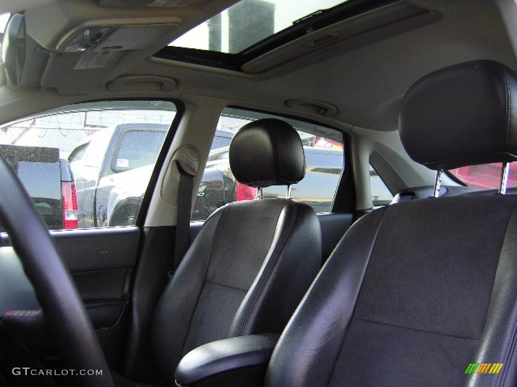 2005 Focus ZX4 ST Sedan - Pitch Black / Charcoal/Charcoal photo #26