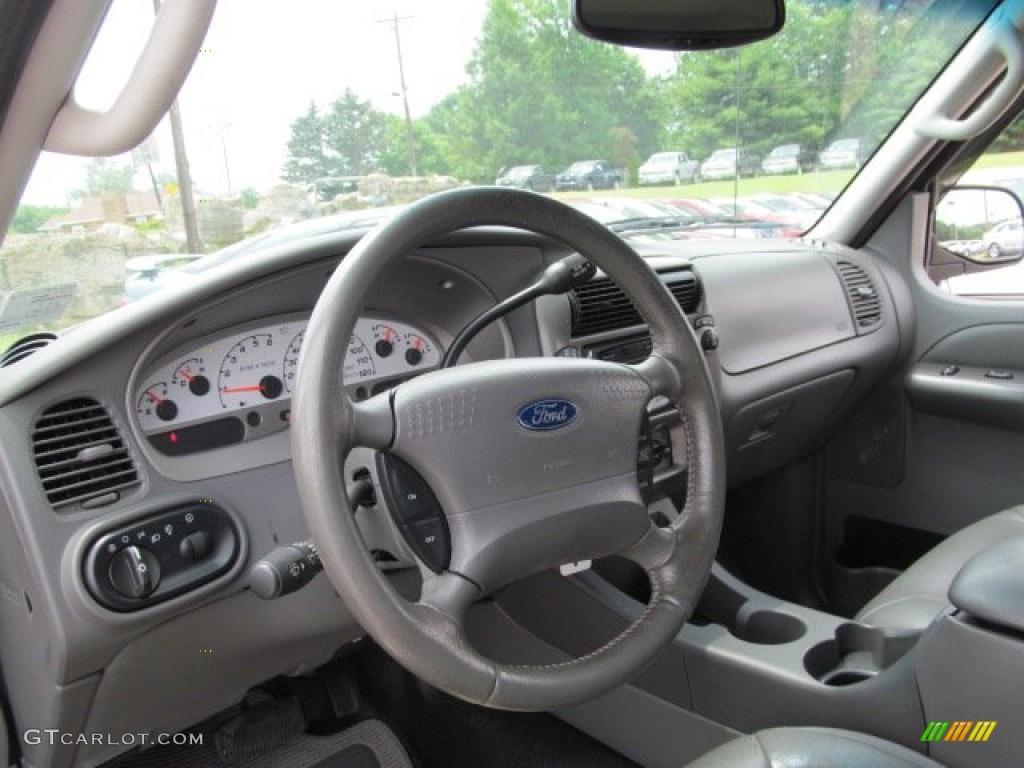 2004 Ford Explorer Sport Trac Adrenalin 4x4 Dashboard Photos