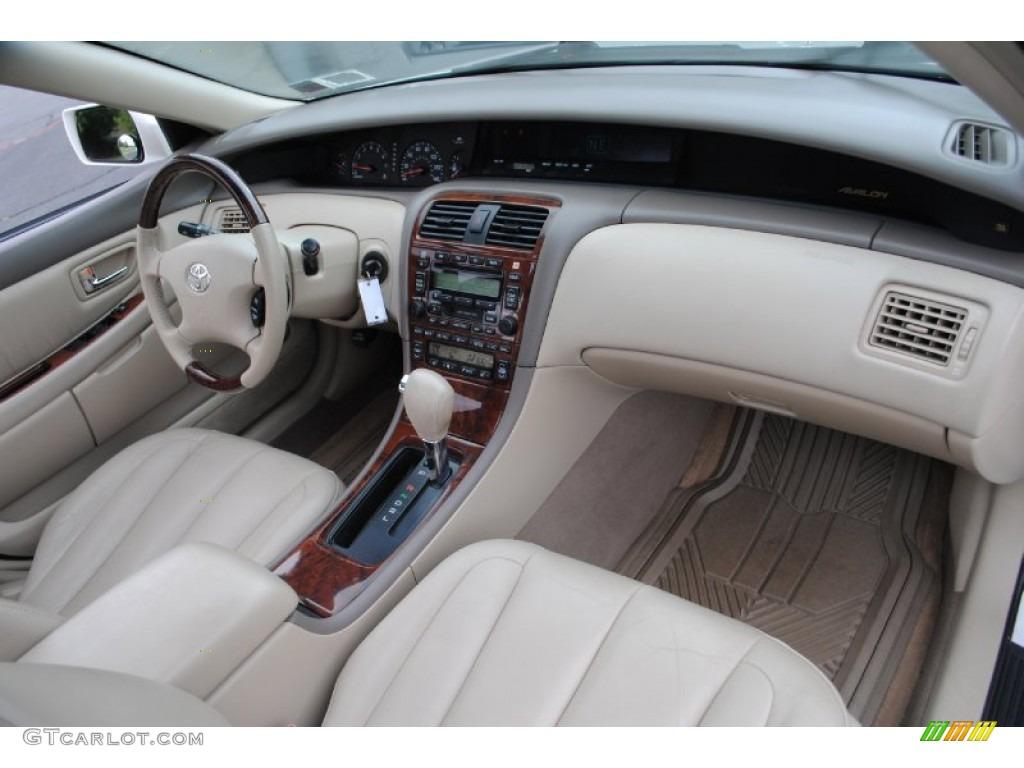 Toyota Avalon XLS Taupe Dashboard Photo GTCarLotcom - 2004 avalon