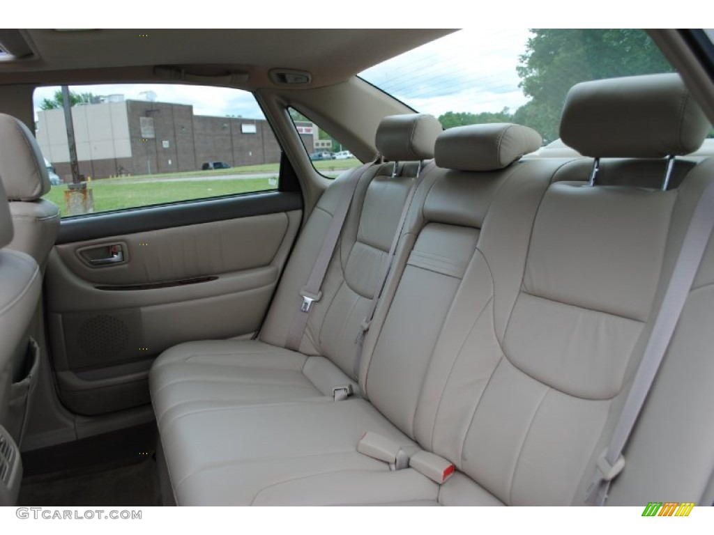 Get 2004 Toyota Avalon Interior