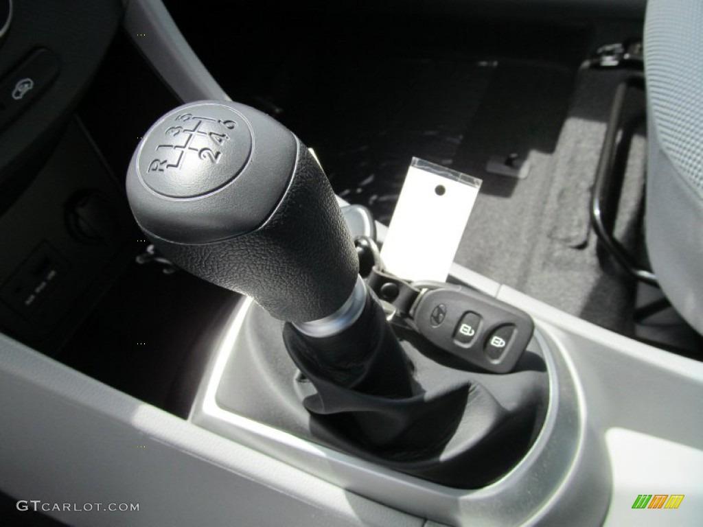2013 Hyundai Accent Gls 4 Door 6 Speed Manual Transmission