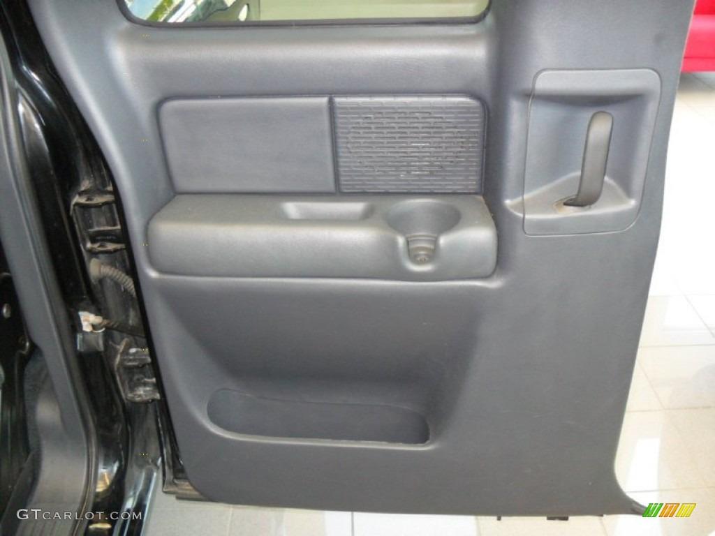 2002 Silverado 1500 Extended Cab - Onyx Black / Graphite Gray photo #17