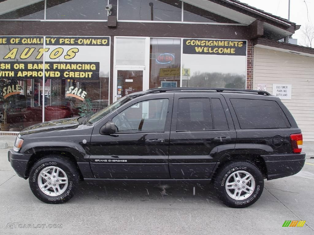 2004 brillant black crystal pearl jeep grand cherokee. Black Bedroom Furniture Sets. Home Design Ideas