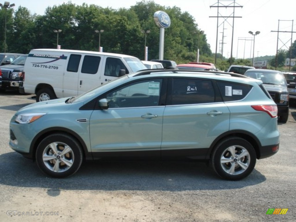 Frosted Glass Metallic 2013 Ford Escape Se 1 6l Ecoboost Exterior Photo 67358318