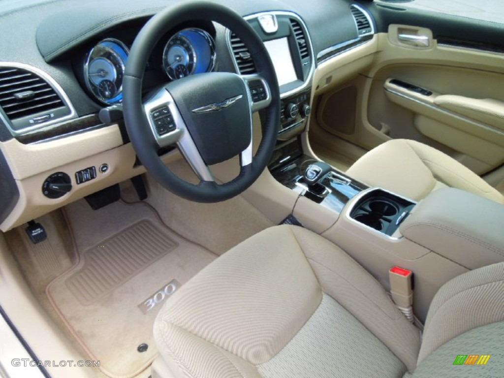 Black Light Frost Beige Interior 2012 Chrysler 300 Standard 300 Model Photo 67404306