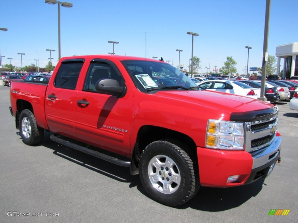 2009 Silverado 1500 LT Crew Cab 4x4 - Victory Red / Ebony photo #1