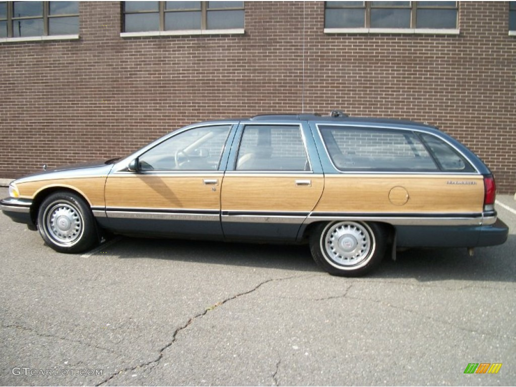 Dark Green Gray Metallic 1996 Buick Roadmaster Estate