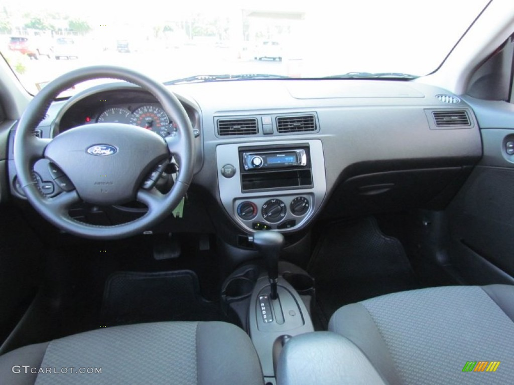 2006 ford focus zx5 ses hatchback dashboard photos for Ford focus 2006 interieur